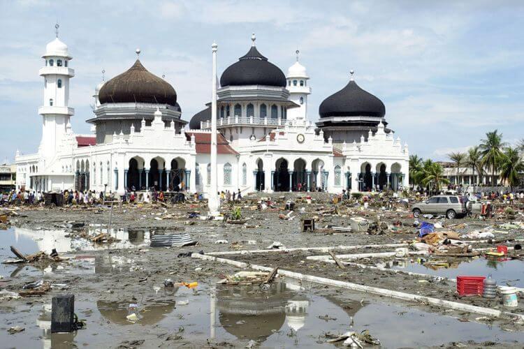 bencana alam tsunami aceh