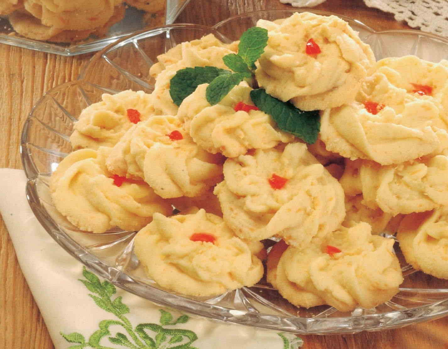 Kue Sagu Keju strawberry