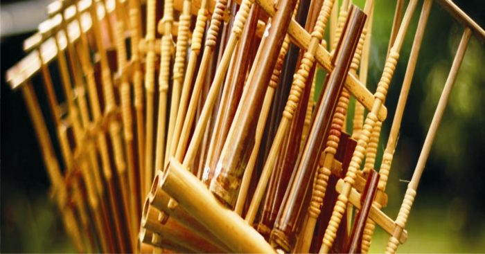 alat musik dari bambu
