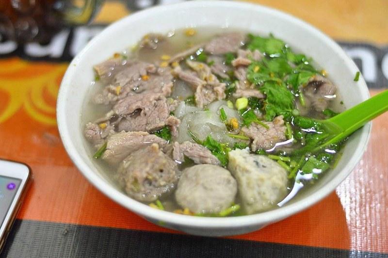 makanan khas medan sumatera yang terkenal adalah