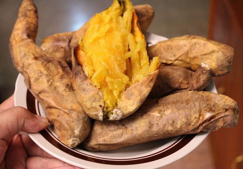 makanan khas bogor ubi cilembu