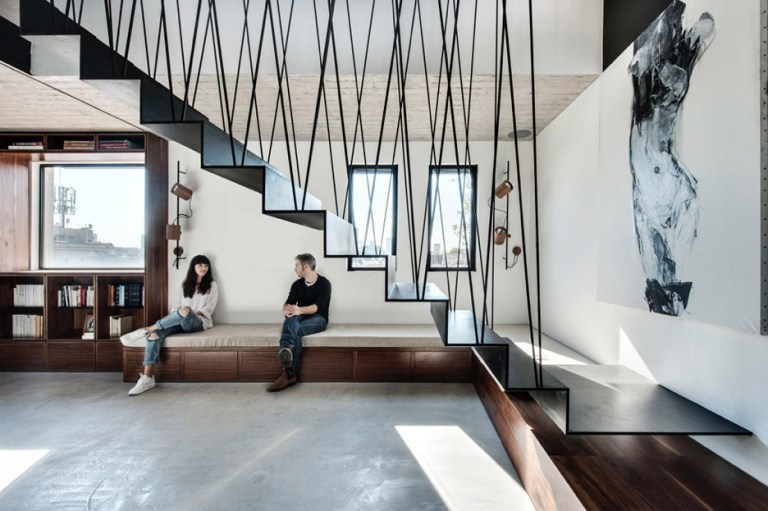 model tangga besi minimalis